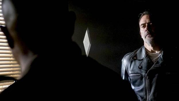 Отец Габриэль принимает решение, что должен исповедовать Нигана